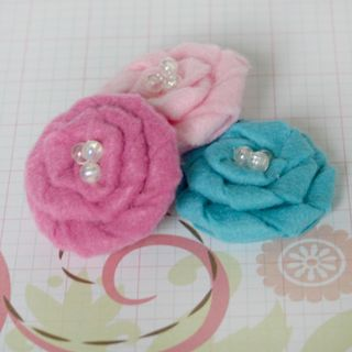 Felt Flowers pink aqua 1