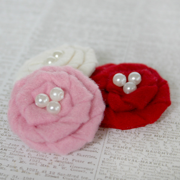 Felt Flowers pink red 1